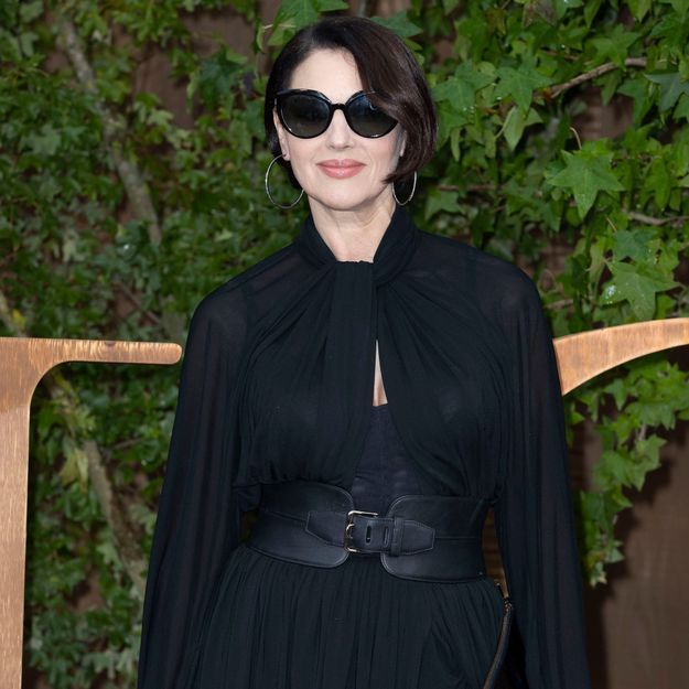 Monica Bellucci va vous donner envie d'avoir une frange