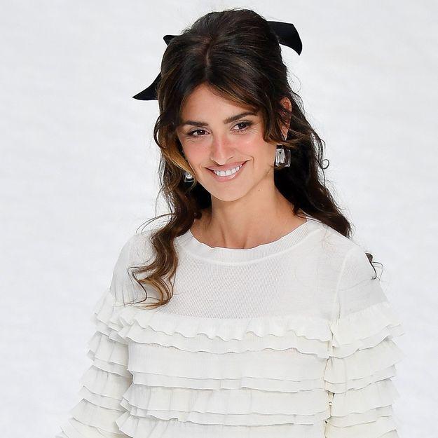 Penelope Cruz : sa sublime coiffure au défilé Chanel confirme LA tendance 2019