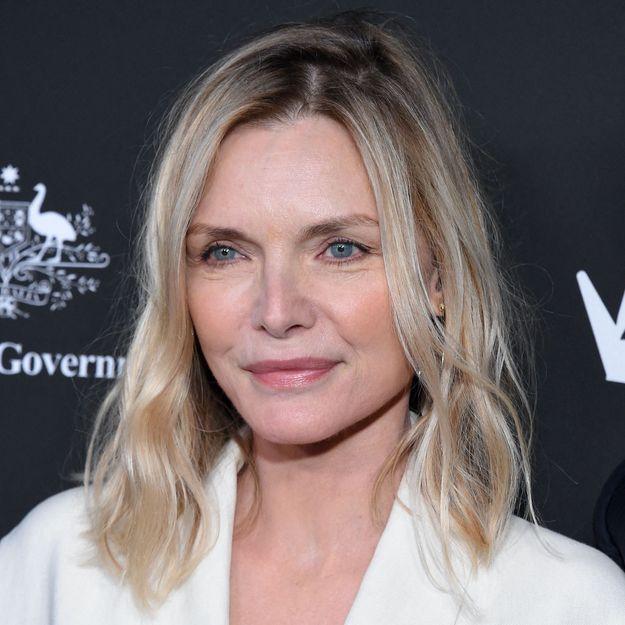 Pour son prochain film, Michelle Pfeiffer opte pour cette coloration audacieuse