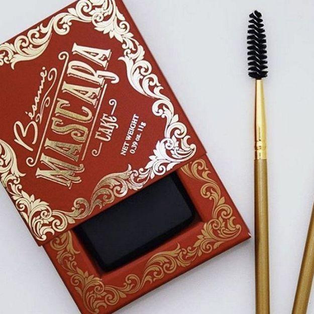 Mascara solide : le produit vintage qui fait son come-back