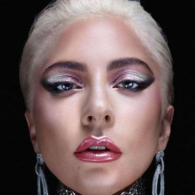 Lady Gaga frappe fort en distribuant sa marque de beauté sur Amazon, vous pourrez bientôt la commander