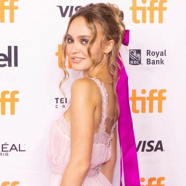 Lily-Rose Depp : la fille de Vanessa Paradis adopte à son tour le maquillage phare des années 2000
