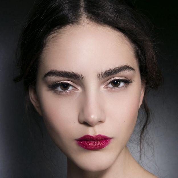 La bouche floue : une autre façon de porter le rouge à lèvres