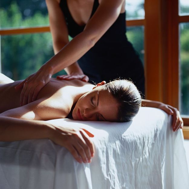 #ELLEBeautyCrush : un massage avant de prendre l'avion à Athènes