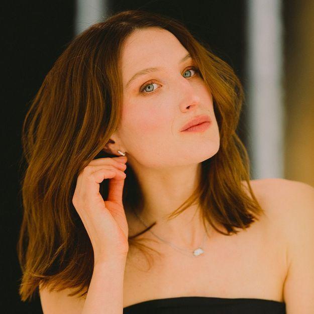 César 2021 : le maquillage frais et lumineux de Julia Piaton