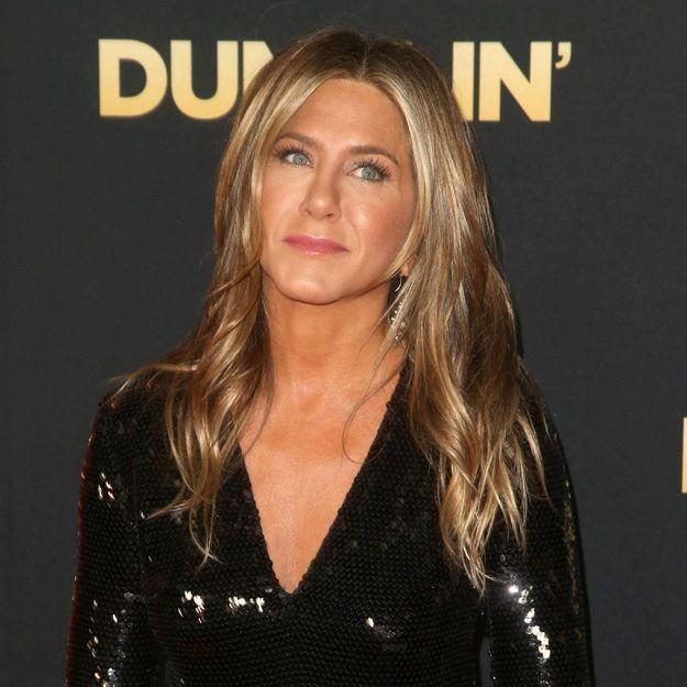 Elle boit du vinaigre de cidre chaque matin comme Jennifer Aniston, les résultats sont surprenants