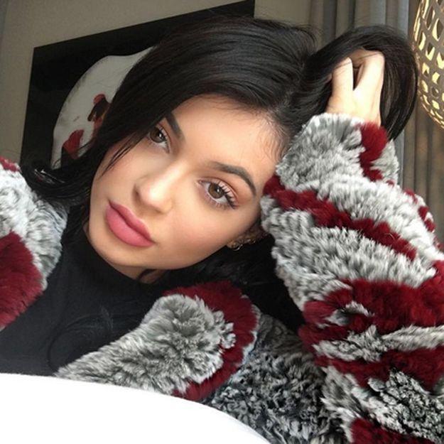 Kylie Jenner : « Ma mère me forçait à aller chez la manucure »