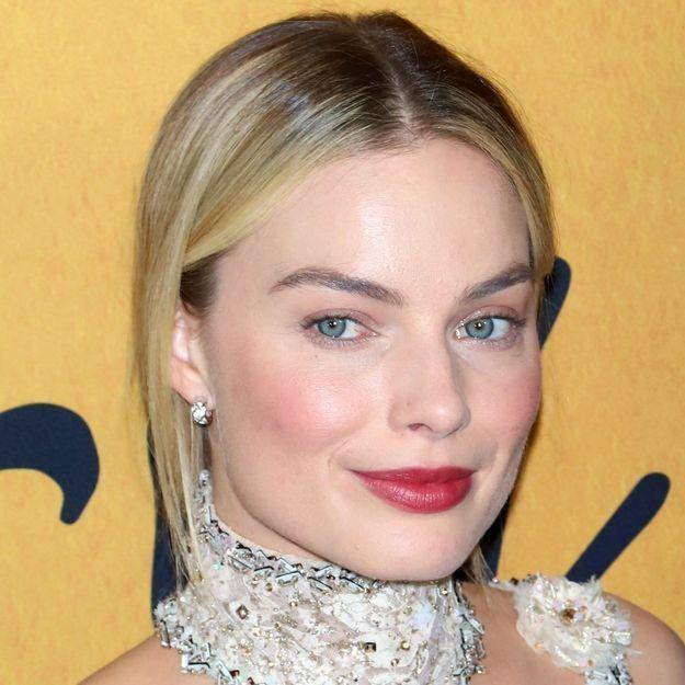 Margot Robbie s'est débarrassée de son acné adulte avec cette astuce simple