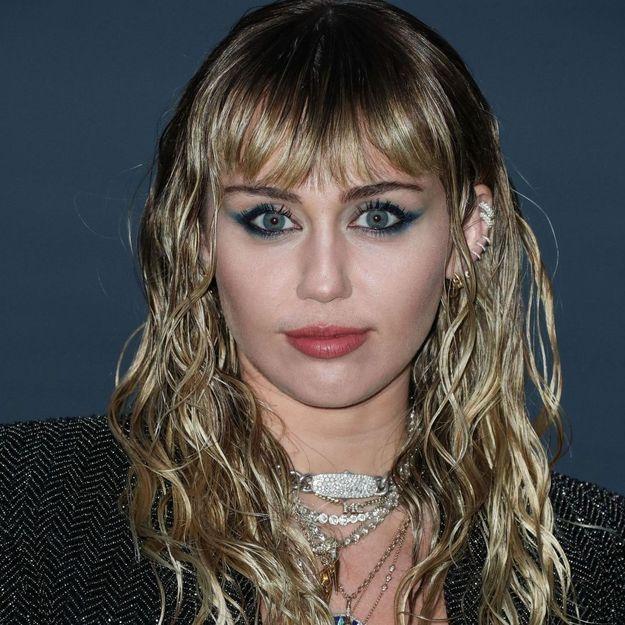 MTV VMA's : Miley Cyrus affiche deux nouveaux tatouages