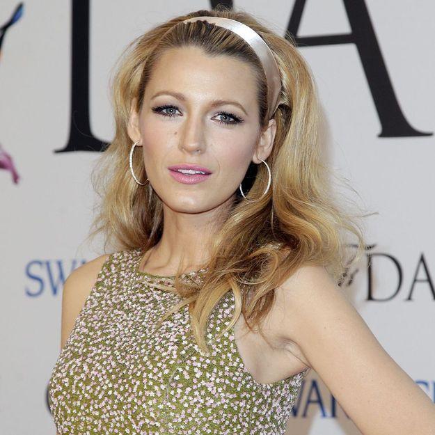 Pourquoi on aime le look beauté sixties de Blake Lively
