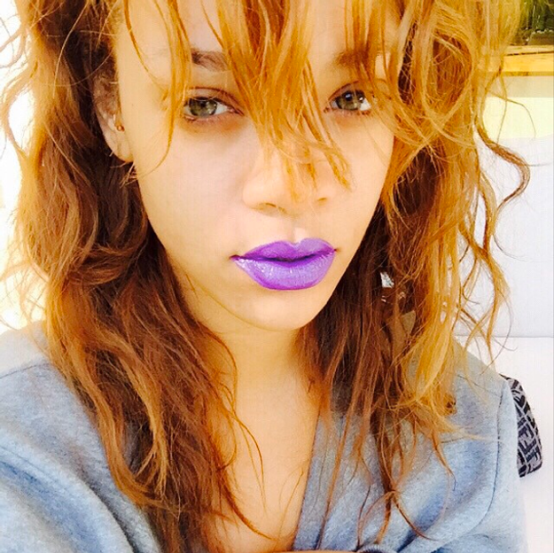 Rihanna s'offre un nouveau look pour Coachella