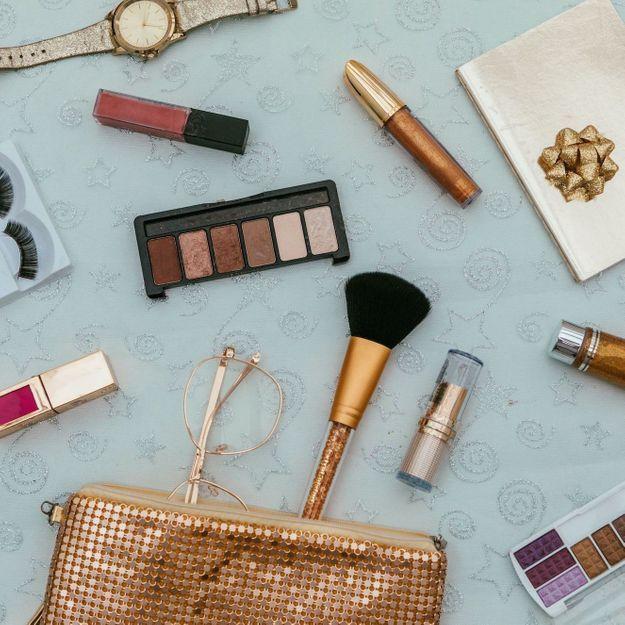 Selon une étude, 90% de votre maquillage serait infecté de bactéries