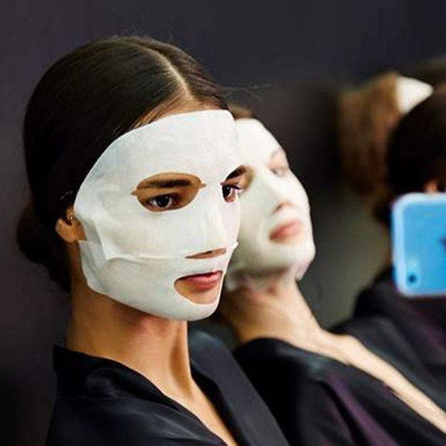 Dolce & Gabbana chouchoute ses tops dans les coulisses du défilé