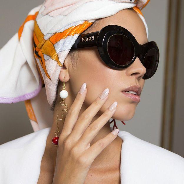 Pose, techniques, entretien… Tout savoir sur les faux ongles