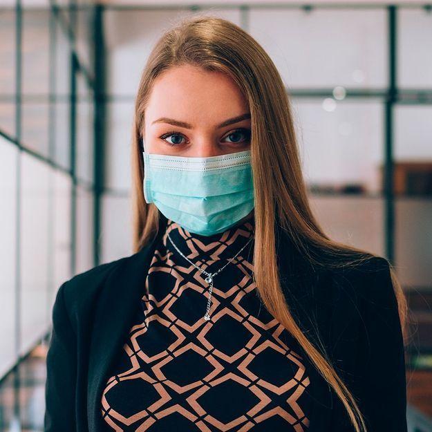 Maskne : comment lutter contre les boutons dus au masque ?