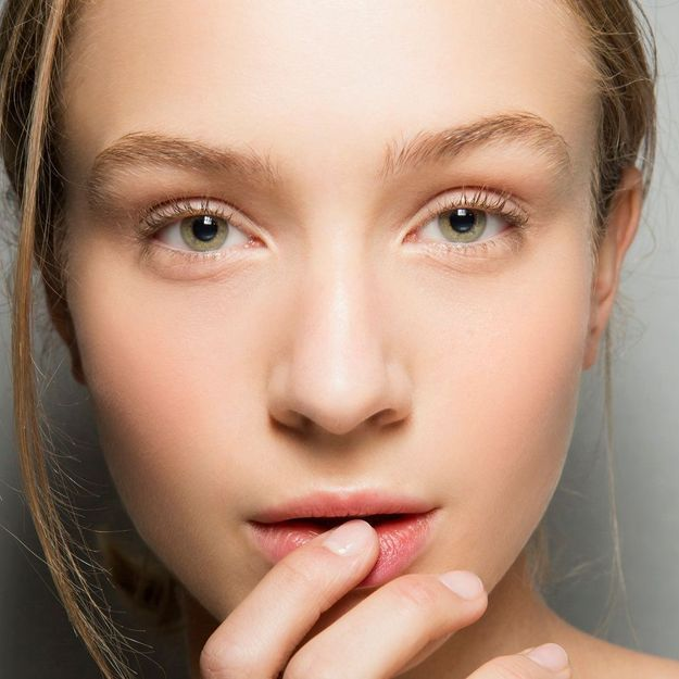 A quelle fréquence faut-il (vraiment) nettoyer sa peau ?