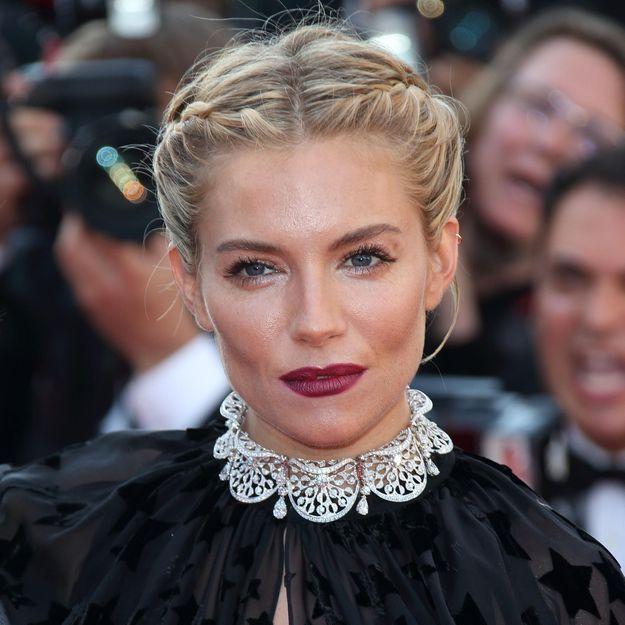 Cannes 2015 : Sienna Miller resplendissante à la présentation du film « Carol »