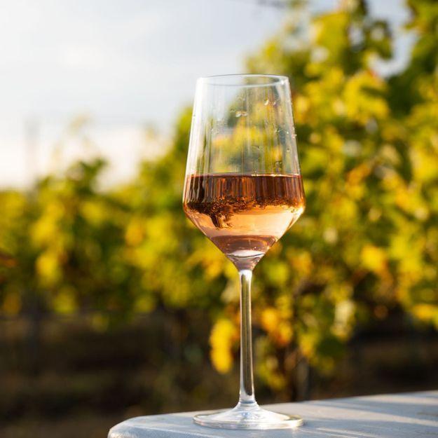 Trois sites pour remplir sa cave à vin en ligne