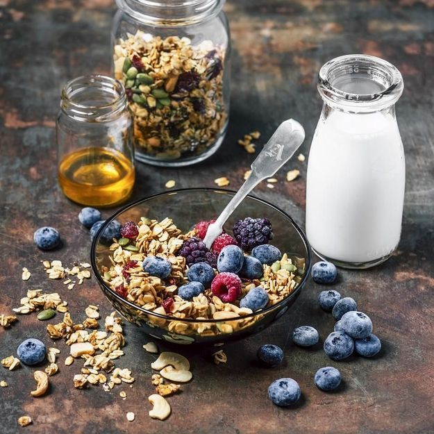 Celles qui se lèvent tôt mangent mieux, c'est prouvé !