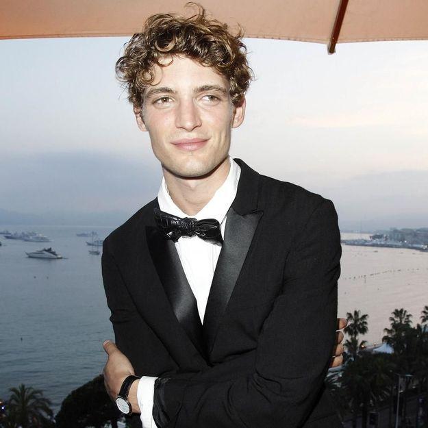 Niels Schneider : « Etre acteur me permet d'échapper à moi-même. »
