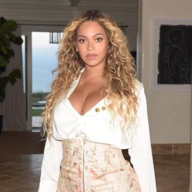 Beyoncé pourrait interpréter le titre phare du prochain James Bond