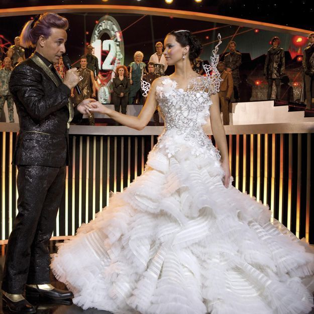 Hunger Games 2: les coulisses de la création de la robe de mariée de Katniss!