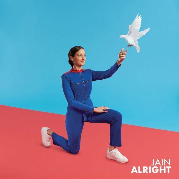 Jain est de retour avec «Alright» et vous allez tomber à la renverse !