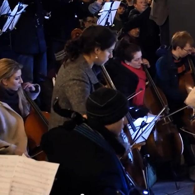 Prêt-à-liker : l'émouvant hommage de 150 musiciens à Londres
