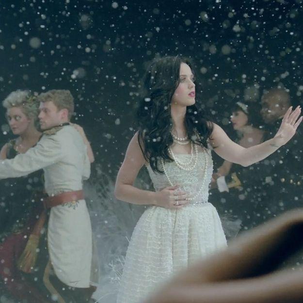 « Unconditionally », le nouveau clip de Katy Perry