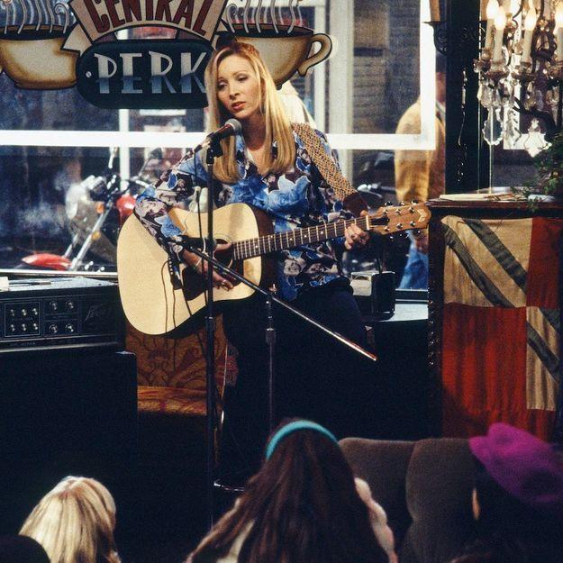 Friends : Lisa Kudrow donne des nouvelles de Phoebe pendant le confinement