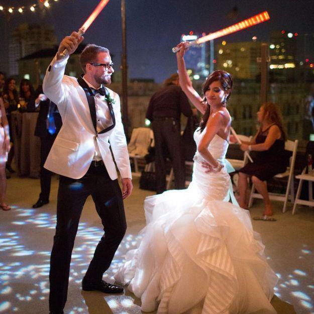 En images : leur mariage Star Wars est vraiment étonnant !