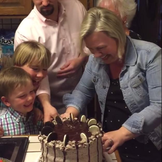 #PrêtàLiker : cette mère de famille apprend une nouvelle qui va la bouleverser