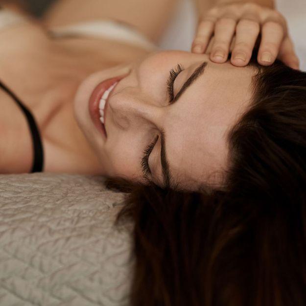 Comment enfin lâcher prise au lit: 7 pistes pour s'abandonner au plaisir