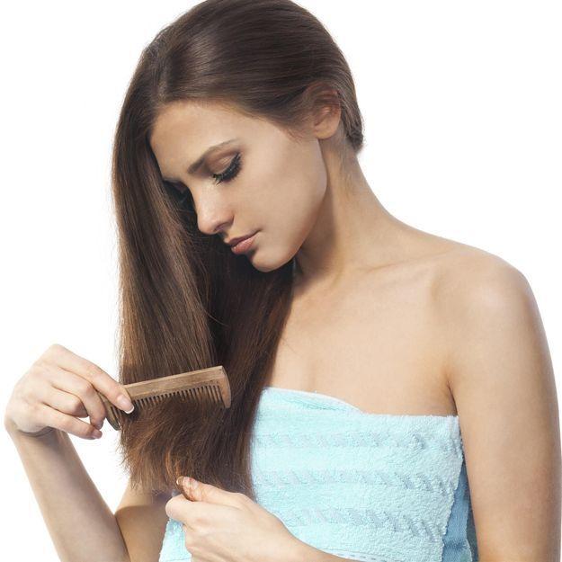 La chute de cheveux post-grossesse, l'effet secondaire traumatisant dont on parle peu