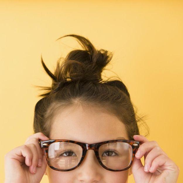 Lumière bleue des écrans… Votre enfant a-t-il besoin de lunettes ?