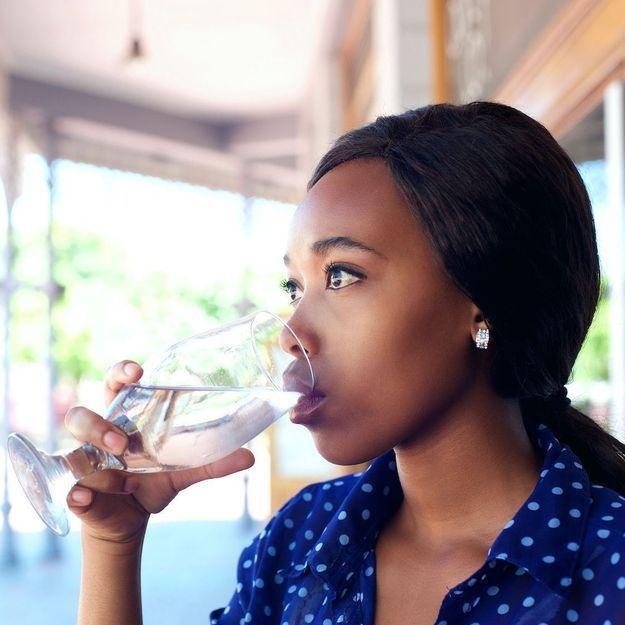 5 astuces faciles pour rester hydratée tout au long de la journée