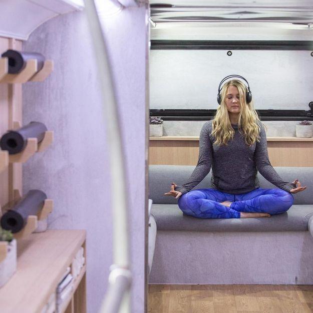 #ELLEBeautySpot : les sessions gratuites de méditation dans le bus de Lululemon