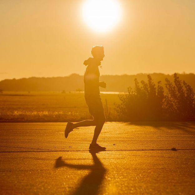 Salles de sport, attestation de déplacement… Peut-on faire du sport pendant le reconfinement ?