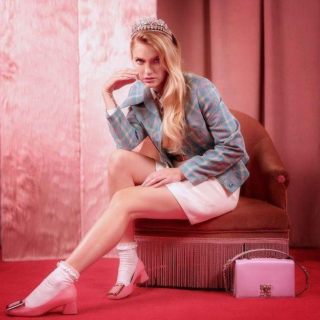 Camille Razat (Emily in Paris) : « Je ne suis pas totalement éloignée du style de mon personnage »