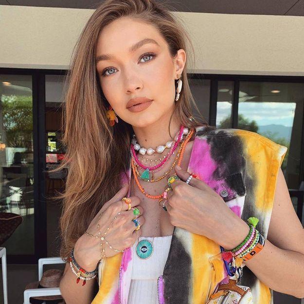 Deux stars de Victoria's Secret portent des bijoux de cette créatrice tendance à Coachella