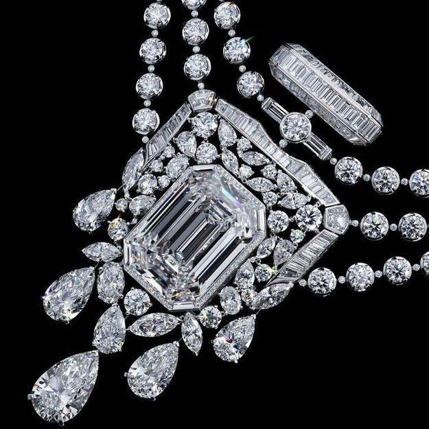 Pour les 100 ans de son parfum N°5, Chanel imagine un diamant de 55.55 carats