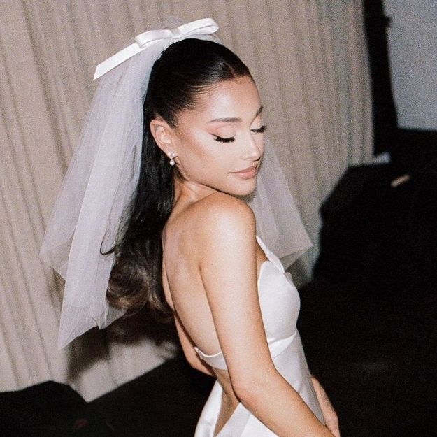Ariana Grande : tous les détails sur sa somptueuse robe de mariée