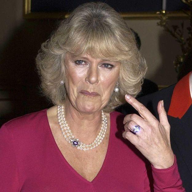 Camilla Parker-Bowles : connaissez-vous l'histoire fascinante de sa bague de fiançailles ?