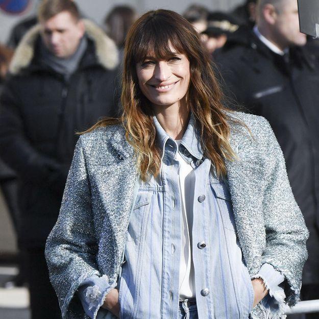 Caroline de Maigret réinvente le total look jean, et c'est sublime