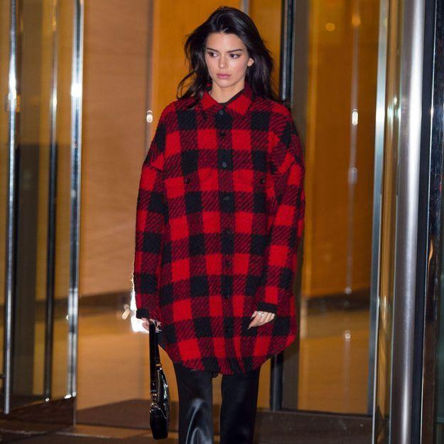 Kendall Jenner : sa façon de porter la chemise d'homme va devenir notre nouvelle obsession
