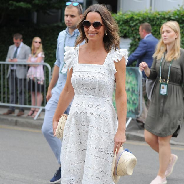 fcca15deda81 Publié le 9 juillet 2018 à 17h00 Pippa Middleton   rayonnante en robe  blanche