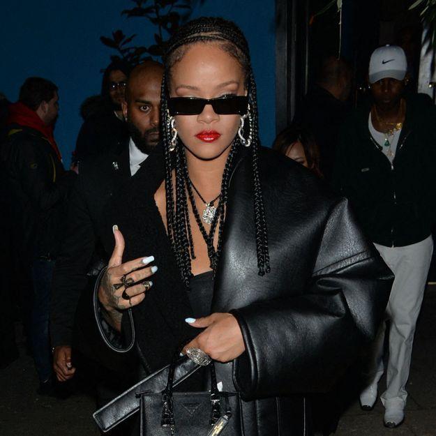Rihanna : comme Katie Holmes elle adopte la tendance cardigan et soutien-gorge assortis