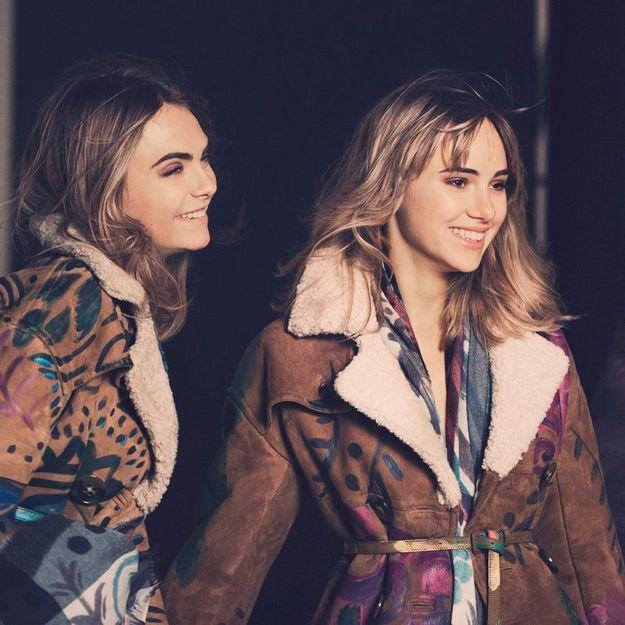 Suki Waterhouse et Cara Delevingne meilleures copines pour Burberry