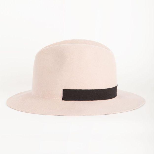 It pièce : les chapeaux pastel de Marie Marot