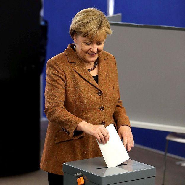 Le blazer : la fashion fixette d'Angela Merkel